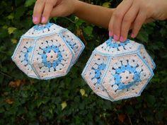 Lantern potholders ! I think my momma had some of these!