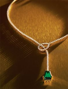 Wearing this round my neck would have all the other witches green w/envy #Evanora #DisneyOz