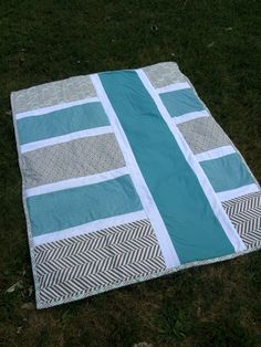Hey, I found this really awesome Etsy listing at https://www.etsy.com/listing/249818675/modernminimalistic-baby-quilt