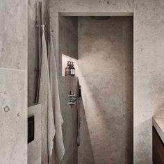 Den omåttligt populära Norrvange med inspiration från gotländsk kalksten finns nu också i färgerna grå och ljusgrå. Arch Interior, Bathroom Interior Design, Modern Interior Design, Interior Design Living Room, Bad Inspiration, Bathroom Inspiration, Beddinge, Luxury Shower, Bathroom Spa