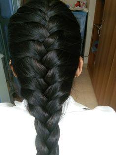 French Braid Hairstyles, Long Black Hair, Braids, Dreadlocks, Glamour, Actresses, Long Hair Styles, Beauty, Hair