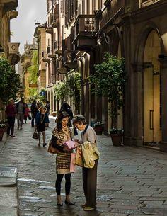 { shopping in Milan }
