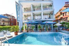 Семеен хотел Елири е отличен избор за почивка на море за тези гости, които търсят спокойствие, дружелюбно отношение, неформална обстановка. Тризвездния хотел е разположен на 100 м. от плажната ивица и в близост до Аквапарк Несебър. Нашият екип ще се погрижи престоят Ви да бъде приятен и ще се радва да удовлетвори всяко Ваше желание.