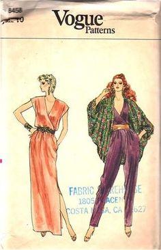 Women's Short Sleeve V-Neck Jumpsuit - Universal Thread™ Vogue Sewing Patterns, Vintage Sewing Patterns, Clothing Patterns, Dress Patterns, Vintage Vogue, Vintage Fashion, Cocoon Jackets, Moda Fashion, Steampunk Fashion