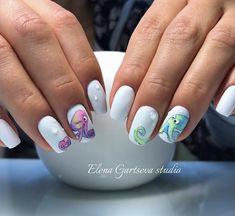 Octopus nail art design manicure
