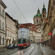 """Calle Nerudova,al fondo la iglesia de San Nicolas.Praga."" Photo taken by @alecrin7 on Instagram, pinned via the InstaPin iOS App! http://www.instapinapp.com (04/05/2015)"