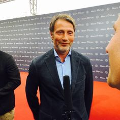 """143 curtidas, 1 comentários - Mads (@madsessed) no Instagram: """"look at this cutiepie #omg #adorable #enjoyyourvacationbbyimcertainyoullgetjobs #marcopolo -…"""""""