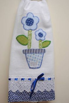 60 Ideas Embroidery Patches Appliques Tea Towels For 2019 Machine Embroidery Projects, Machine Embroidery Applique, Embroidery Patches, Quilting Projects, Sewing Projects, Etsy Embroidery, Embroidery Patterns Free, Hand Embroidery Designs, Applique Towels