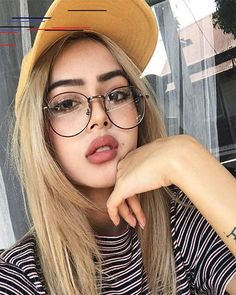 Cast Wattpad - Haiii writers and readers … for those of you who are having trouble finding cast to … # - Fake Glasses, Girls With Glasses, Mens Glasses, Glasses Frames, Glasses Outfit, Fashion Eye Glasses, Lily Maymac, Cat Eye Colors, Glasses Trends