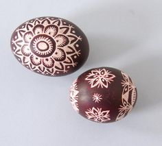 Lithuanian Scratched Eggs...