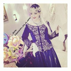«#karakou_algerois #algerienne #dz  لباس الكاراكو الجزائري  #الجزائر #عادات #تقاليد #اللباس_الجزايري_التقليدي #ازياء #اعراس #تراث #تصاميم #موديلات…»