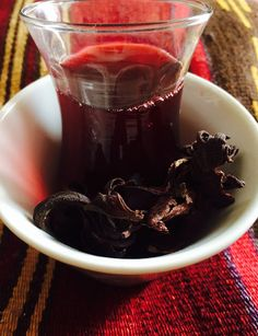 The Egyptian Kitchen: Drink: Karkade (hibiscus) Refreshing Drinks, Summer Drinks, Egyptian Food, Egyptian Recipes, Sudanese Food, Big Salad, Cranberry Juice, Cinnamon Tea, Caribbean Recipes