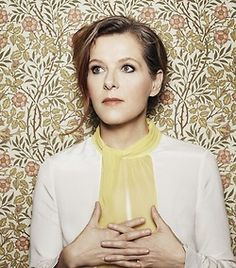 Neko Case INCREDIBLY talented