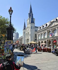 Jackson Square so interesting having artists, quirky shops and St Louis Cathedral. Mardi Gras, New Orleans Louisiana, Louisiana Art, New Orleans French Quarter, Jackson Square, New Orleans Travel, Crescent City, Gulf Of Mexico, Travel Usa
