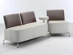 Việc đặt trong phòng giám đốc một bộ ghế sofa văn phòng đẳng cấp, sang trọng dùng cho việc tiếp khách, đón tiếp các đối tác và kí kết hợp đồng là việc cần thiết. Không những thế bộ Sofa còn thể hiện phong thái và quyền lực của người lãnh đạo.