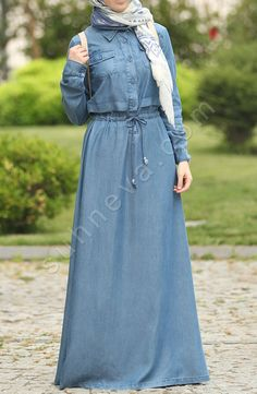 Denim dress with laces Light blue You are at the right address for Outfits Modern Hijab Fashion, Abaya Fashion, Fashion Wear, Fashion Dresses, Iranian Women Fashion, Islamic Fashion, Muslim Fashion, Hijab Style Dress, Hijab Chic