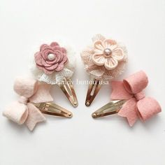 Discover thousands of images about Champagne Ivory Hairclip * Baby Hairclip * Gold Snap Clip * Newborn Hairclip * Blush Ivory Felt Bows Girls Mini Hairclip Lace Pearl Hairclip Felt Diy, Felt Crafts, Diy Crafts, Baby Bows, Baby Headbands, Felt Headband, Felt Flowers, Fabric Flowers, Fabric Flower Headbands