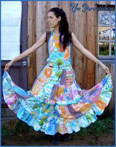 Maxi dress robe patchwork boheme retro vintage upcycled hippy apron de la boutique theparvatishop sur Etsy
