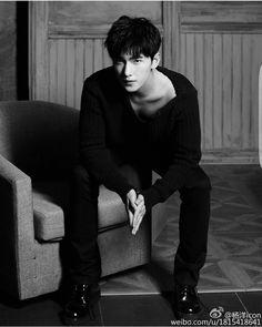 Yang Yang 楊洋 B: Shanghai, China Yang Chinese, Chinese Man, Handsome Actors, Handsome Boys, Asian Actors, Korean Actors, Dramas, Love 020, Smile Is
