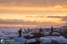 Foto di backstage della spiaggia di Iceberg di Jokulsarlon. Uno scatto preso dalla sessione fotografica del nostro viaggio fotografico in Islanda di Marzo 2014.