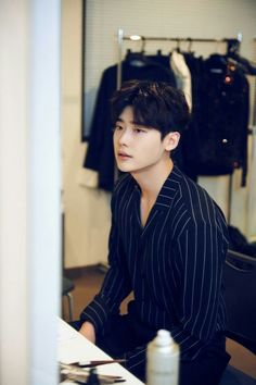 Discovered by myeong tae. Find images and videos about kdrama, lee jong suk and korean actor on We Heart It - the app to get lost in what you love. Lee Jong Suk Ceci, Lee Jung Suk, Korean Actors Images, Korean Celebrities, Park Hae Jin, Park Seo Joon, Lee Dong Wook, Ji Chang Wook, Jikook
