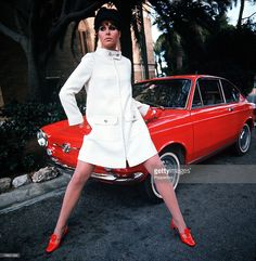British actress Joanna Lumley poses by a red Fiat 850 Coupé as she models a white coat worn with red shoes and matching gloves, Get premium, high resolution news photos at Getty Images 60s And 70s Fashion, Mod Fashion, Fashion Photo, Vintage Fashion, Fashion Models, Fiat 850, Joanna Lumley, Ella Enchanted, Bond Girls