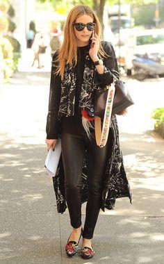 Slip, Slip, hurra! Bestickte Slipper, wie die von Olivia Palermo, sind nicht nur gemütlich, sondern auch ultra chic.
