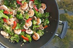 Takeout Style Clean Eating Sauteed Shrimp & Broccoli  http://cleanfoodcrush.com/shrimp-broccoli
