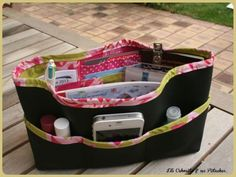 Bag organizer, for my pretty kids . Diy Sac, Pretty Kids, Diy Bags Purses, Couture Sewing, Bag Organization, Beautiful Bags, Organizers, Fabric Crafts, Diaper Bag