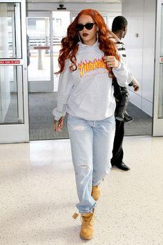 everythingyntk: Rihanna at JFK…