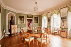 Tafelrundenzimmer im Wittumspalais in Weimar Copyright by Klassik-Stiftung Art Decor, Decoration, Home Decor, Regency House, Antique Interior, Color Theory, House Party, Architecture, Poldark