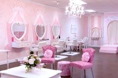 Spa parties for girls located in Boca Raton and Wellington Florida.