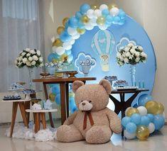 🥳 •  Encuentra en ecumple.com esta y otras ideas para tu #babyshower 🧸 Fuente: 📸 @lindezasfestas #ecumple  #partydecor #decor #ideas #DIY #fiesta #decoracion #deco #party #comida #food #fiestas Baby Shower Decorations For Boys, Boy Baby Shower Themes, Baby Shower Balloons, Baby Shower Parties, Baby Boy Shower, 1st Boy Birthday, Boys 1st Birthday Party Ideas, Teddy Bear Baby Shower, Shower Bebe