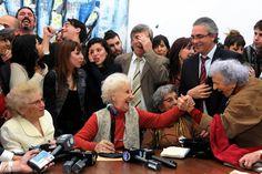 ROXANA REY: 37 AÑOS DE BÚSQUEDA Estela de Carlotto tras recupe...