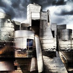 Weisman Art Museum in Minneapolis, MN by Frank Gehry by lamaaka, via Flickr