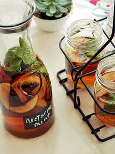 Nectarine Mint Sweet Tea -   6 cups water   2 tea bags   1/2 cup brown sugar   1/3 cup water   1 bunch mint leaves   3 nectarines   4 cups ice