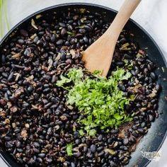 Rychlé fazole na kubánský způsob Penne, Mozzarella, Quiche, Vegetables, Food, Essen, Quiches, Vegetable Recipes, Meals