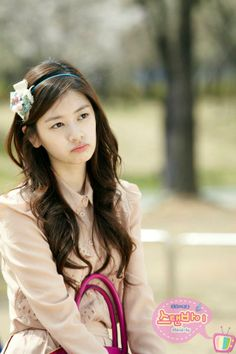 Jung so min in playful kiss Asian Actors, Korean Actresses, Korean Actors, Actors & Actresses, Korean Celebrities, Beautiful Celebrities, Gorgeous Women, Gorgeous Lady, Jung So Min