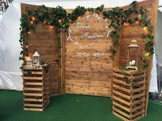 Rustic (quinceanera decorations rustic) is part of Rustic wedding photos - Rustic Wedding Photos, Rustic Wedding Backdrops, Wedding Decorations On A Budget, Diy Wedding, Dream Wedding, Backyard Decorations, Rustic Backdrop, Pallet Backdrop, Wedding Pallet Signs