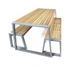 Schitterende design tuintafel van Iroko Hardhout en gegalvaniseerd frame gespoten in de kleur grijs.  Gadero Productnr: GZ1278