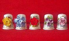 ingleses con flores de porcelana.