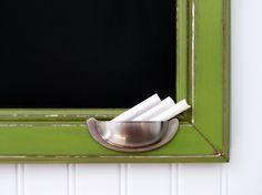 chalkboard, drawer handle/holder for chalk. great idea!