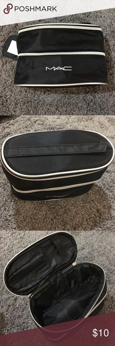 Mac makeup cosmetic bag Like new only used once! No rips/ scratches from smoke free home MAC Cosmetics Accessories
