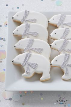 Polar bear cookies - Polar bear cookies Darcy Miller Designs Fill your dessert table with frosty themed treats - Winter Wonderland Birthday, Winter Birthday, Bear Birthday, Bear Cookies, Cute Cookies, Noel Christmas, Christmas Cookies, Christmas Treats, Winter Party Themes