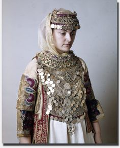 Details of the Attica bridal dress, worn in all the villages round Athens. Greek Traditional Dress, Traditional Fashion, Traditional Outfits, Gypsy Costume, Folk Costume, Greece Costume, Greek Royalty, Costumes Around The World, Greece Wedding