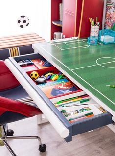 Soccer decor best soccer room decor ideas on soccer decor soccer desk with unit soccer themed soccer themed birthday party Boys Football Bedroom, Football Rooms, Boy Sports Bedroom, Girls Bedroom, Baby Bedroom, Football Nursery, Cute Bedroom Ideas, Bedroom Themes, Bedroom Decor