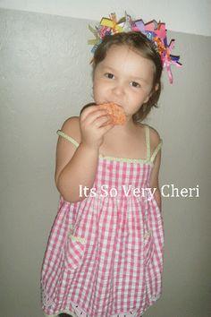 Strawberry Rice Krispie Treats  http://itssoverycheri.com/2011/02/08/strawberry-rice-crispie-treats/