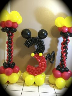Balloon numbers Mickey decor