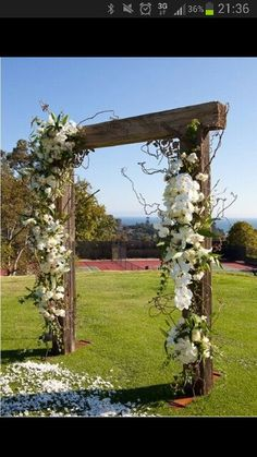 Kinsey's father constructed the wood arbor under which the couple exchanged their vows, using beams from a favorite family campground. Around the wood, Nico Cervantes Productions wrapped jasmine and honeysuckle vines adorned with roses, hydrangea, orchids, lisianthus and lilies.