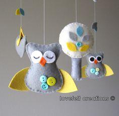 Baby Crib Mobile - Baby Mobile - Custom Baby Mobile - Owl Baby Mobile - Mobile Owls - Nursery Mobile for my niece! Owl Mobile, Baby Crib Mobile, Baby Mobiles, Felt Crafts, Diy Crafts, Owl Nursery, Baby Owls, Felt Ornaments, Christmas Ornaments